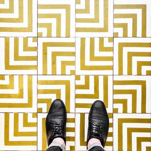 パリは床もお洒落だった!足元に広がる様々なデザインパターン (6)