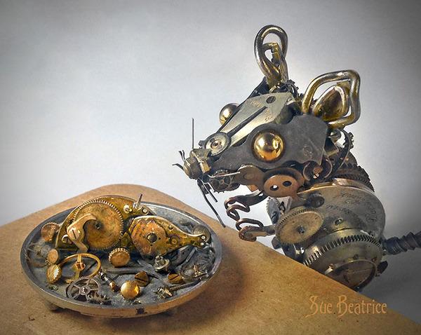 古い時計部品をリサイクルして作るスチームパンクな動物彫刻 (4)