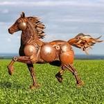 スクラップ金属で作る動物の彫刻がメカっぽくて格好良いよー