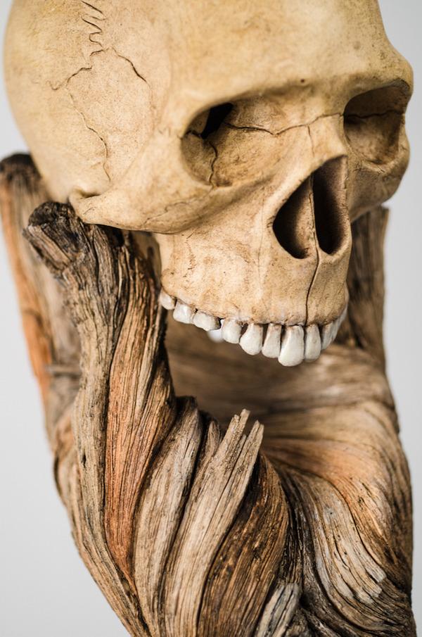 木材の彫刻のように見えるセラミック彫刻 (34)