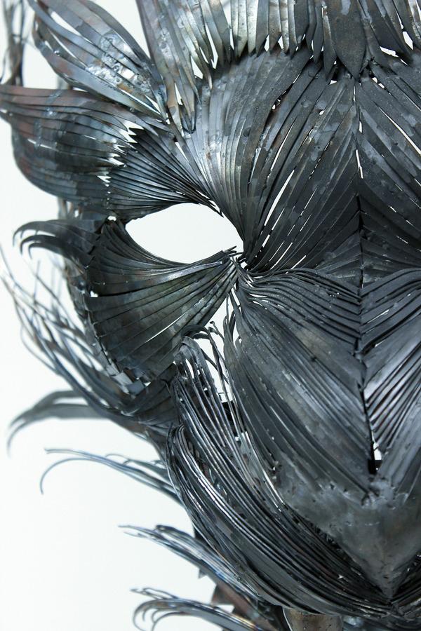 虎(トラ)の金属彫刻 2