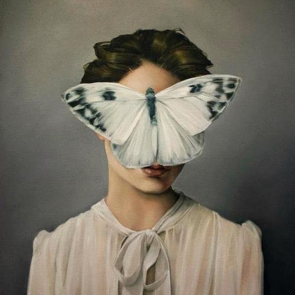 頑なに顔は見せない!顔が隠されたシュールな女性の肖像画 (8)