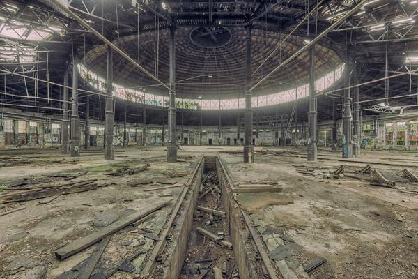 ヨーロッパの廃墟画像!寂れた建物の内観でメランコリック (20)