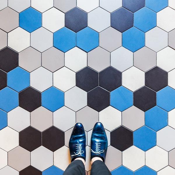 カラフルで多様なロンドンの床の写真シリーズ (9)