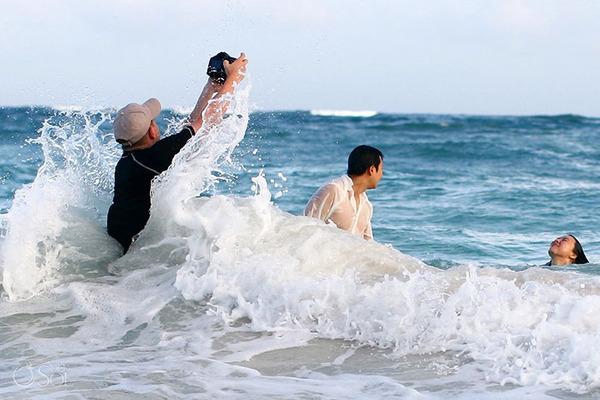 結婚写真の裏で頑張るカメラマンの努力画像 (9)