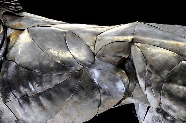 鋼鉄のライオン彫刻、アスラン by Selçuk Yılmaz 4