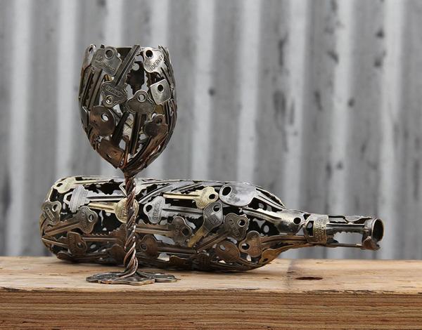 金属彫刻のリサイクルアート michael-moerkey 2