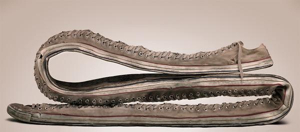 長い…とてつもなく長いよ!物の形を変形させた彫刻作品 (3)