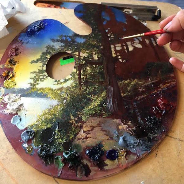 パレットをキャンバスにして描かれた絵画作品 (5)
