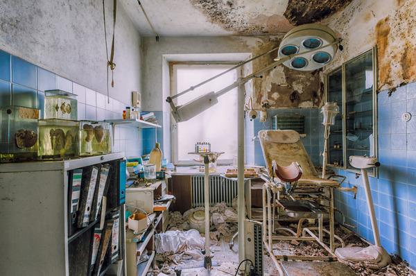 ヨーロッパの廃墟画像!寂れた建物の内観でメランコリック (3)