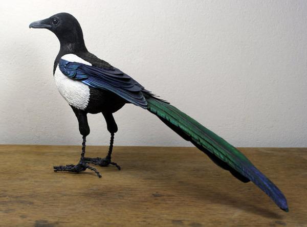 リアルな鳥の模型