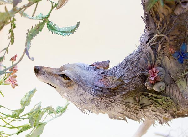 動物と植物が融合した幻想的な彫刻!Ellen Jewettの新作紹介 (2)
