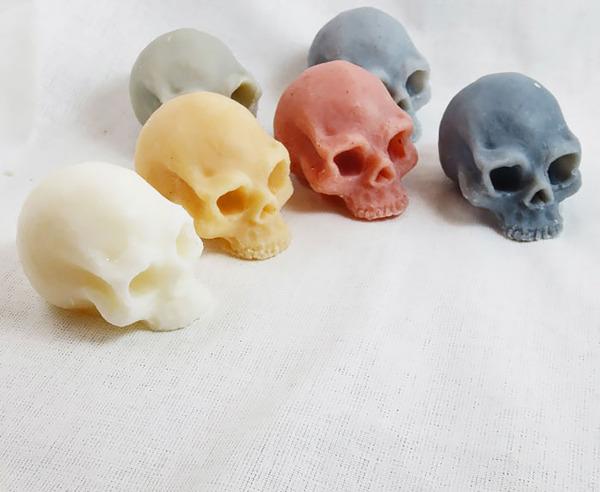 頭蓋骨の石鹸、Skull Soap 2