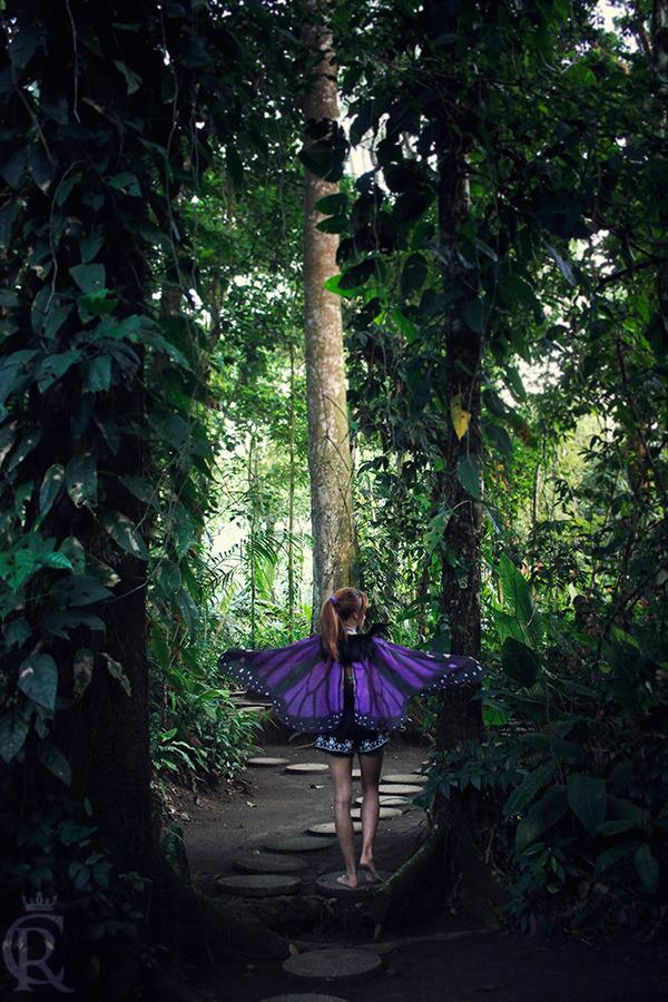 蝶の羽根模様のスカーフデザイン (8)