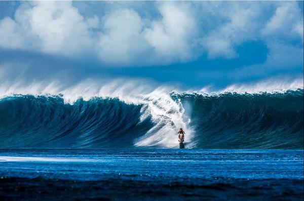 波に乗るオートバイ!水上を走る夢のダートバイク (2)