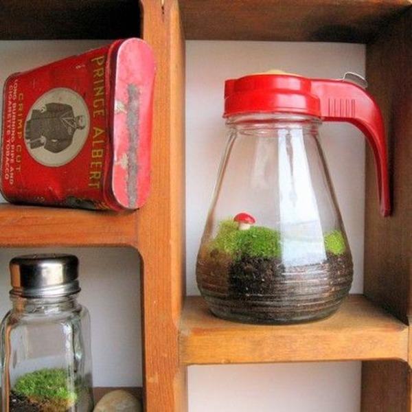 シロップや塩、砂糖の容器
