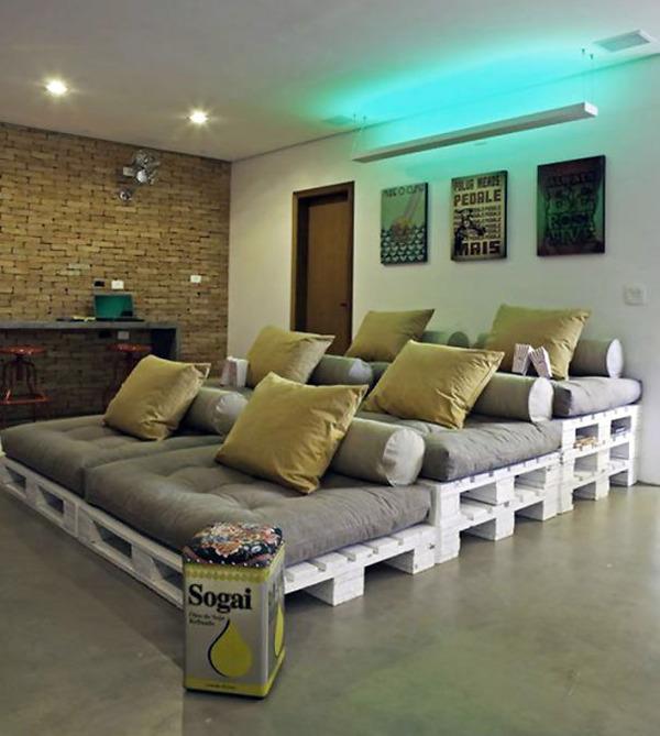 #7 Pallets Turned Into A Home Cinema