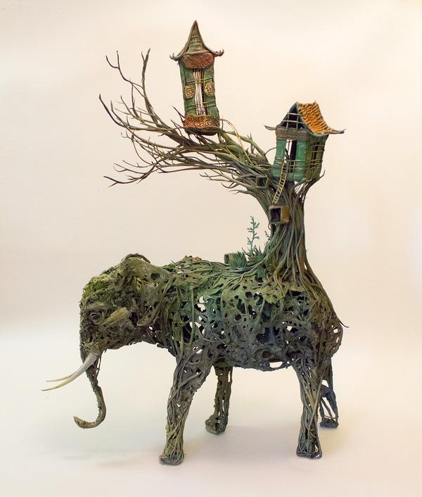 ゾウの彫刻アート
