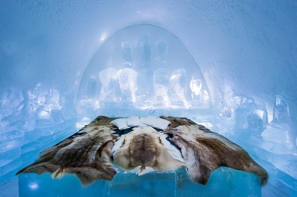 凍える寒さ!スウェーデンの氷の宿屋『アイスホテル』 (3)