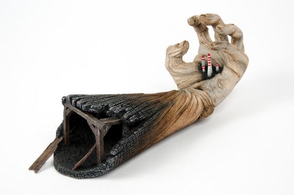 木材の彫刻のように見えるセラミック彫刻 (36)