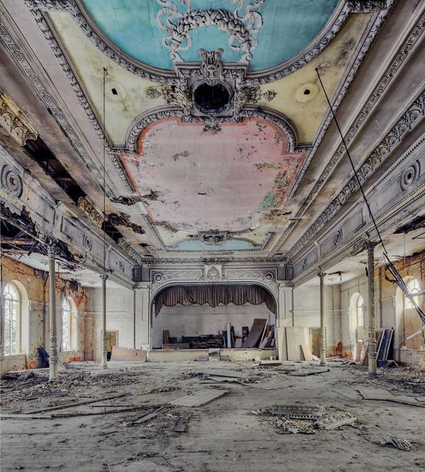 ヨーロッパの廃墟画像!寂れた建物の内観でメランコリック (13)