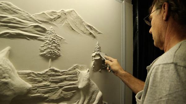 石膏職人の技!乾式壁に描く立体的な石膏彫刻 (2)