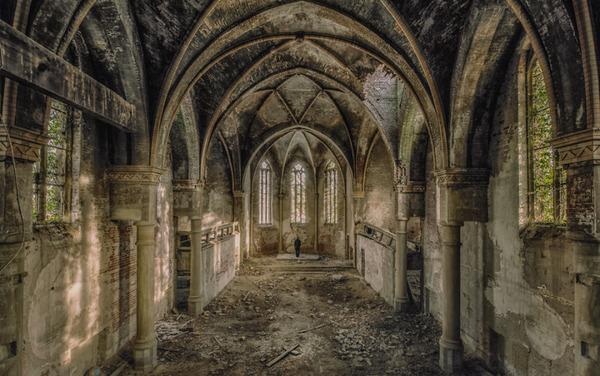 ヨーロッパの廃墟画像!寂れた建物の内観でメランコリック (5)