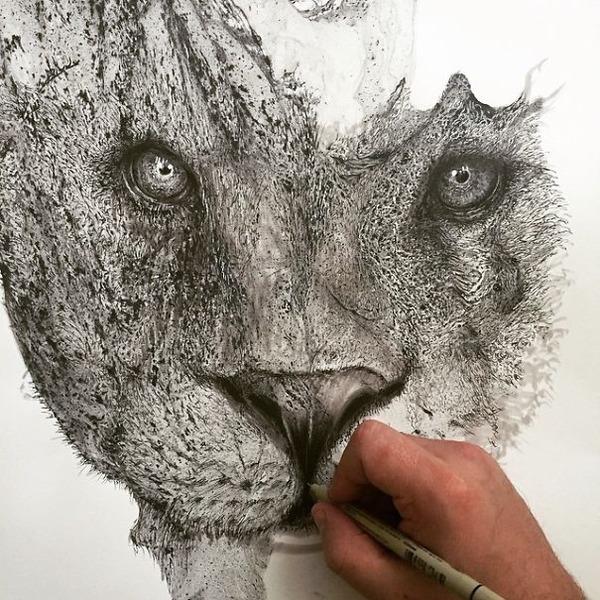 インクを注ぎ、飛び散らせてカオスなイラストレーションを描く (7)