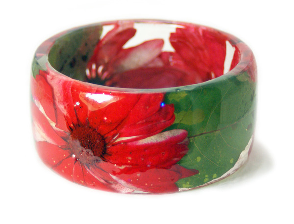 透明な樹脂に花や植物を詰め込んだハンドメイドアクセサリー_ (14)