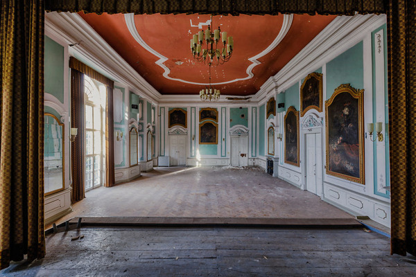 ヨーロッパの廃墟画像!寂れた建物の内観でメランコリック (21)