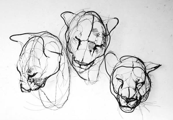 クロッキーみたい!ワイヤーをねじって描写される動物彫刻 (5)
