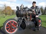 蒸気機関で走るオートバイ!ブラックパール号