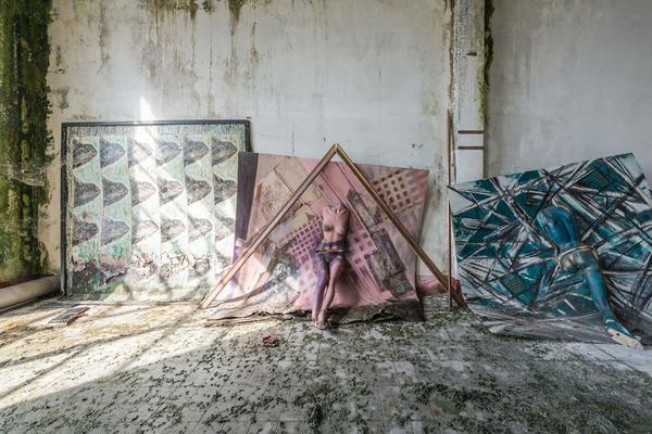 廃墟画像の不思議な魅力。放棄されたヨーロッパの建物 (1)