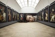 ミニチュア美術館を観に来たらアートの一部になっちゃった人達