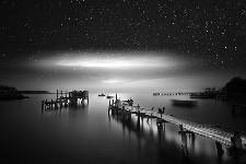 夢で見るようなモノクロ、幻想的な白黒写真 Vassilis Tangoulis