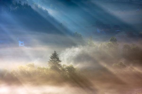 陽が差し込んだポーランドの景色6