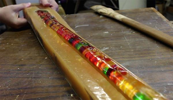 熊グミ斧!クマのグミってさぁ。色んな使い方ができるんだよ (9)