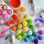 カラフルかわいい虹のグラデーション!物を並べて写真作成