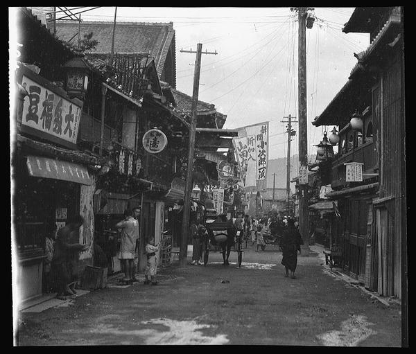 約100年前、明治時代に撮られた白黒写真。日本人の日常を映す (4)