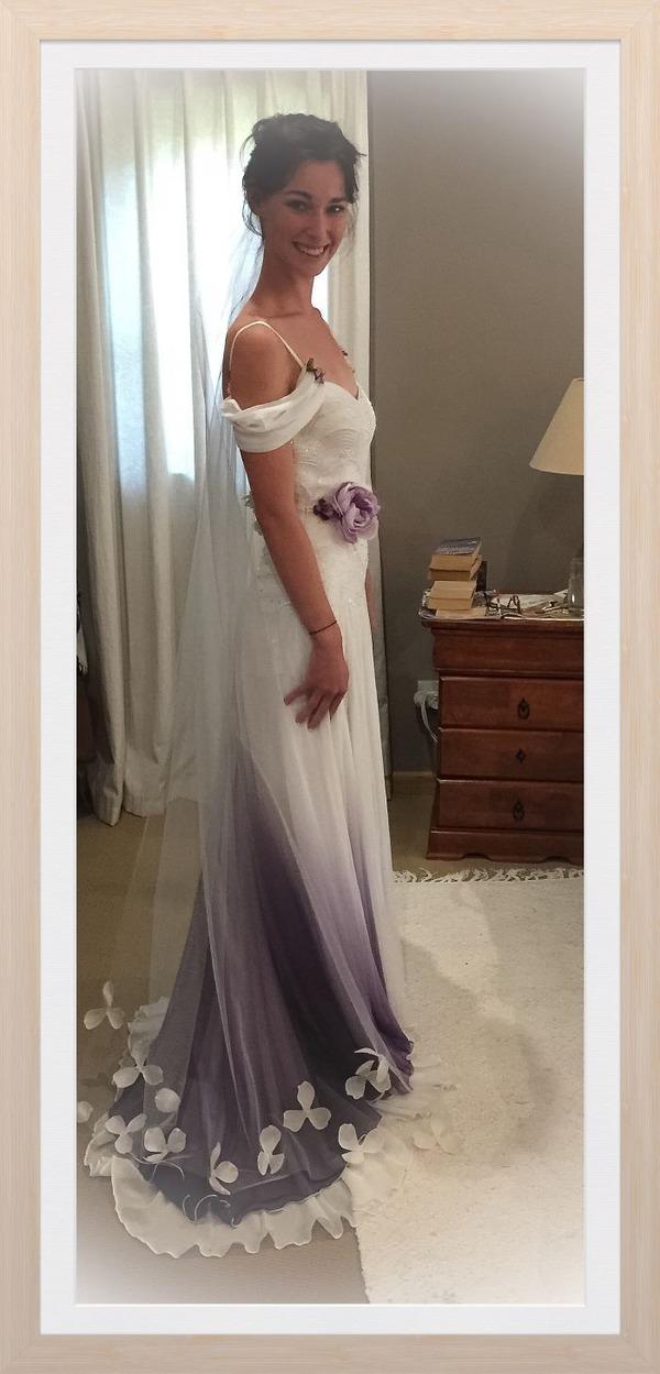 鮮やかなカラーが美しい。色が付いたウェディングドレス (22)