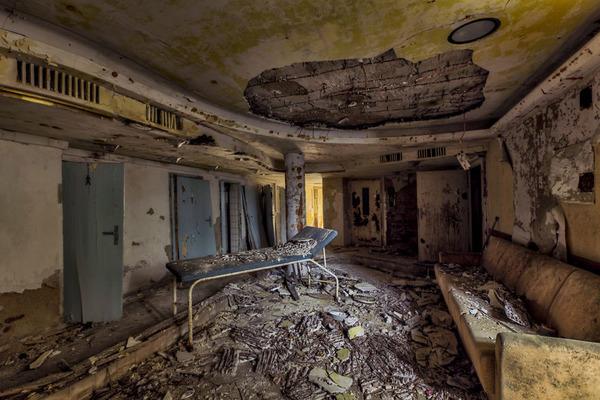 ヨーロッパの廃墟画像!寂れた建物の内観でメランコリック (12)