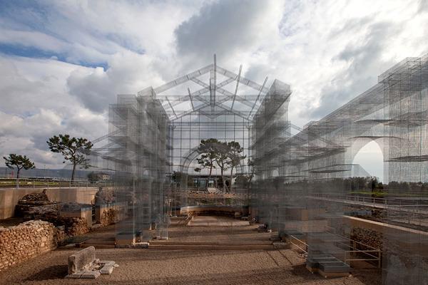 透け透けな教会現る!ワイヤーメッシュ製の建築デザイン (7)