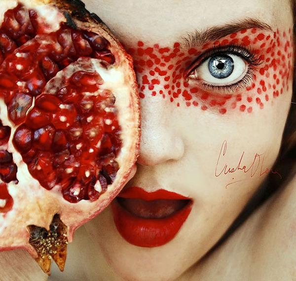 奇抜なフルーツメイク!果物に触発されたセルフポートレート (13)