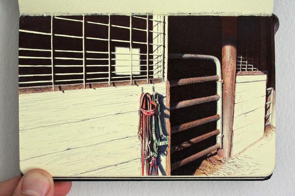 画家が小さなスケッチブックに描くボールペン画がすごい! (9)