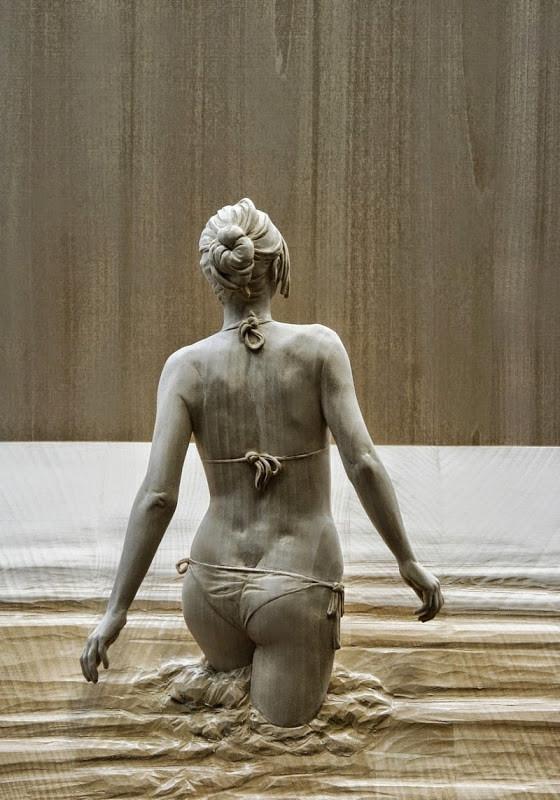人間の彫刻