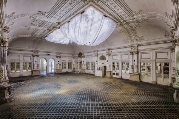 ヨーロッパの廃墟画像!寂れた建物の内観でメランコリック (24)