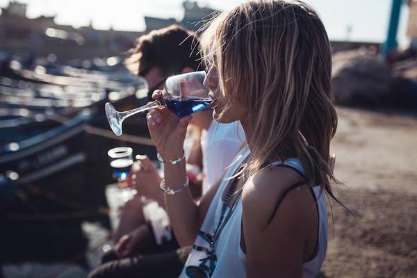 超爽やか!革新的な青いワイン『Gik』 (2)