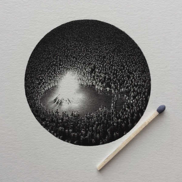 なんか神秘的。光と闇が描かれた小さなモノクロの絵シリーズ (5)