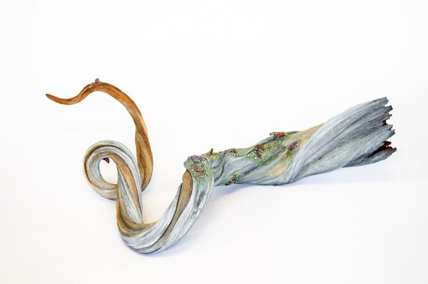 木材の彫刻に見えるセラミック彫刻 (20)