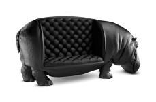 とても高級感溢れるカバのソファー